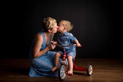Julie O. Mama Love