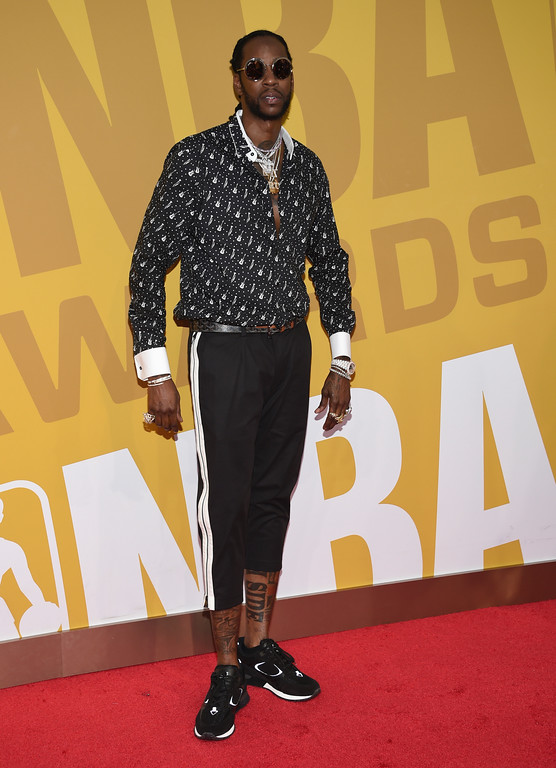 . 2 Chainz arrives at the NBA Awards at Basketball City at Pier 36 on Monday, June 26, 2017, in New York. (Photo by Evan Agostini/Invision/AP)