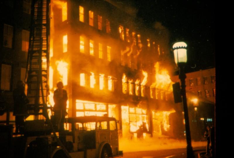 Washingtonstfire0043.jpg