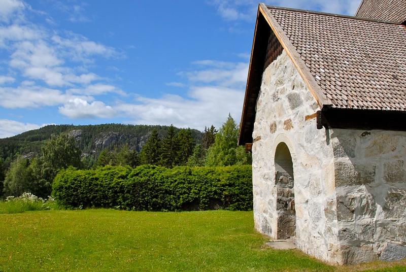Lidens gamla kyrka