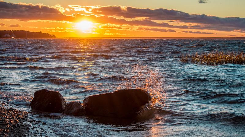 sunset rock splash 2-6435.jpg