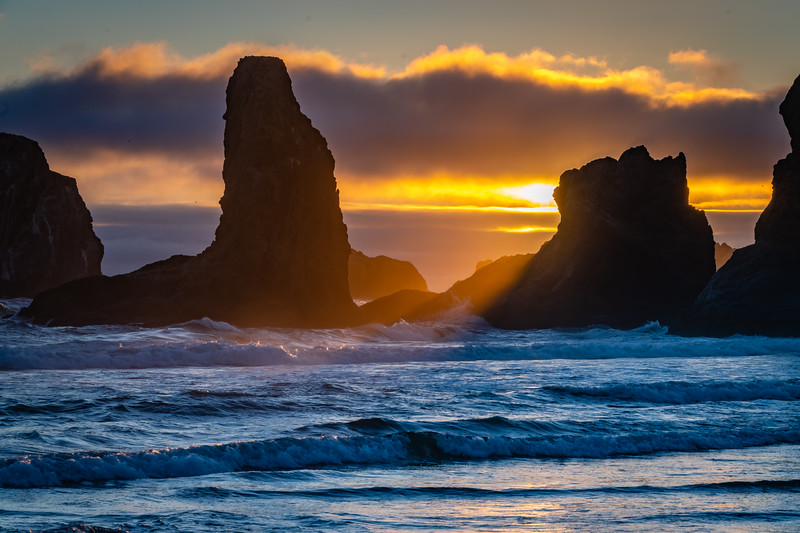 Bandon Beach Face Rock sunset 2 070618.jpg