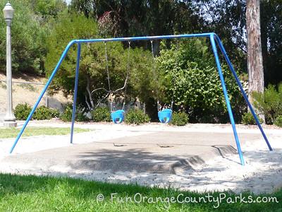 Verde Park baby swings