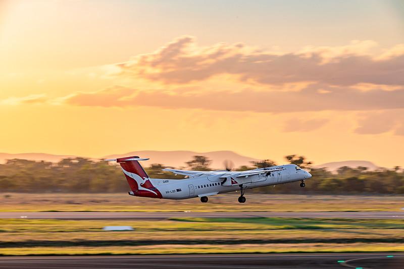 QANTAS De Havilland Dash 8 Q400 VH-LQD departing Rockhampton Airport 18-03-2019