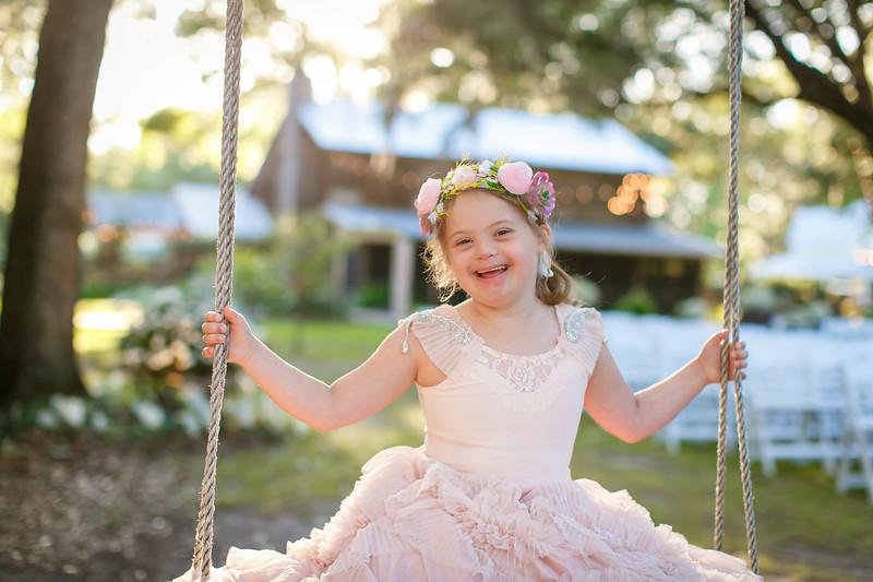 CAP2017-MadisonKyle-WEDDING-Giselle-TuckersFarmhouse-1041.jpg