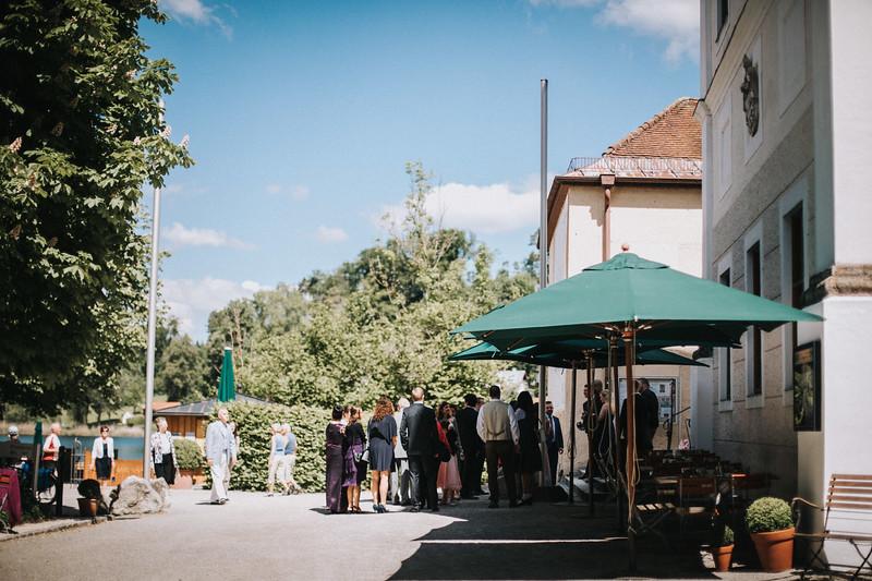 Sommerliche Hochzeit Kloster Seeon (29).jpg
