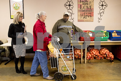 shine-your-light-east-texas-food-bank-seeks-to-meet-needs-improve-health-by-providing-fresh-produce