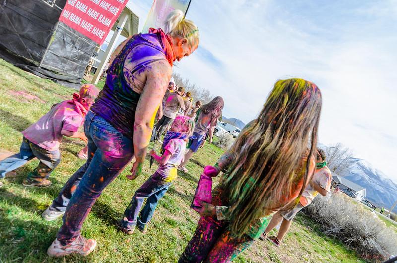 Festival-of-colors-20140329-269.jpg