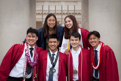 2021 Lowell grads +1 at Legion of Honor