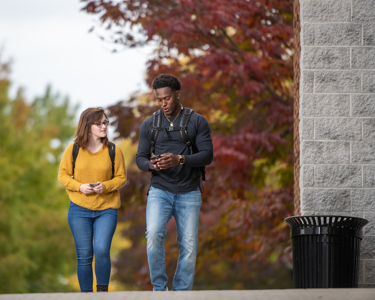 10_25_19_campus_fall (511 of 527).jpg