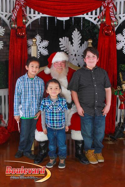 Santa 12-10-16-191.jpg
