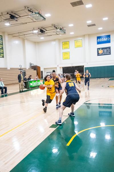 Basketball-W-2020-01-10-6873.jpg