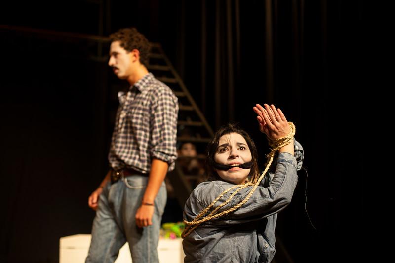 Allan Bravos - essenCIA Teatro - Persona 07-164.jpg