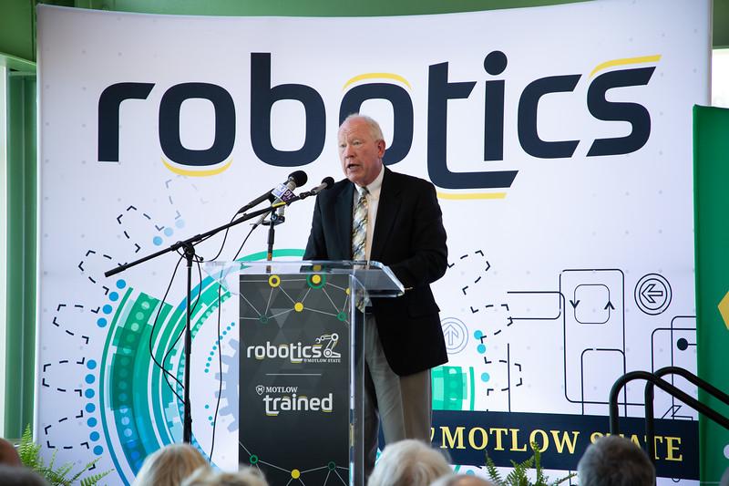 Robotics Grand Opening-8832.jpg