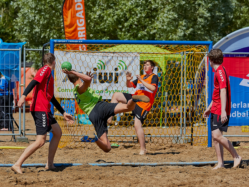 Molecaten NK Beach Handball 2016 dag 1 img 140.jpg