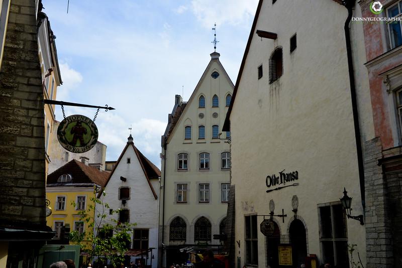 Olde Hansa Restaurant.jpg