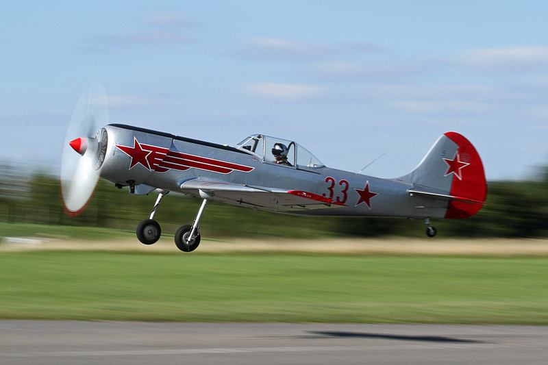 Aviation Photography – Yak 50 '33'
