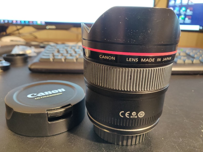 Canon EF 14mm 2.8L II USM - Serial UV0609 004.jpg