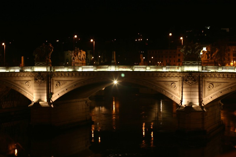 roman-bridge-at-night_2087208229_o.jpg