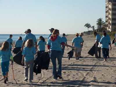 Beach Cleanup at Spanish River Park