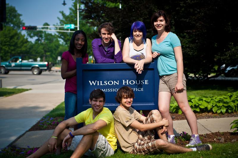 admissionsSummerStudents-2.jpg