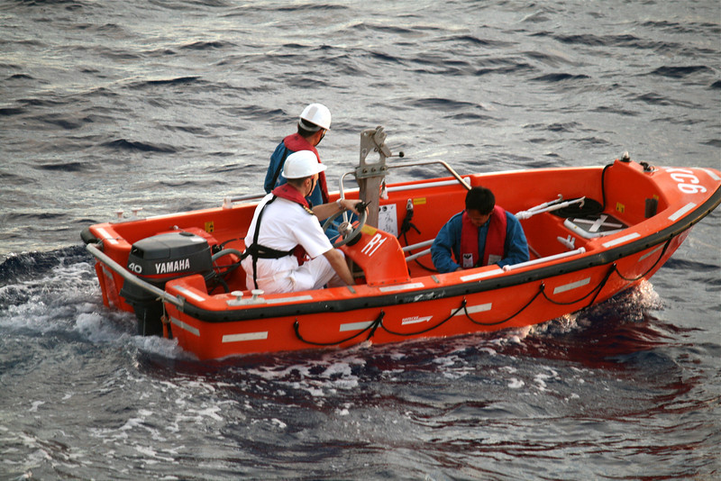 seabourn-fishermen-rescue