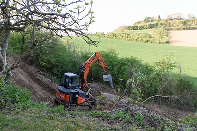 Installing a sewage treatment plant in rural France