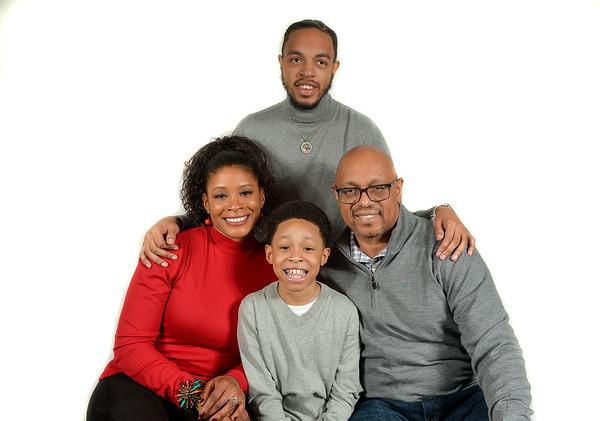 Thaddeus Jones and Family Christmas Photos 12172020