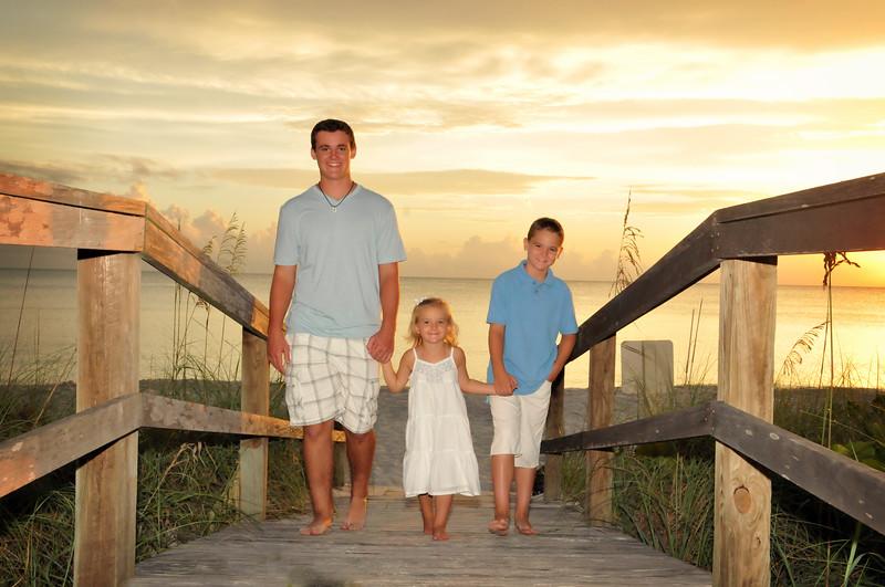 Angie Birch Naples Beach Family Photo Shoot 466.JPG