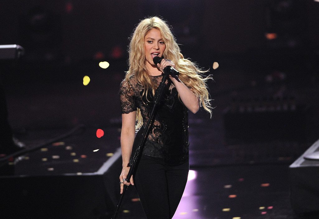 . Shakira performs at the iHeartRadio Music Awards at the Shrine Auditorium on Thursday, May 1, 2014, in Los Angeles. (Photo by Chris Pizzello/Invision/AP)