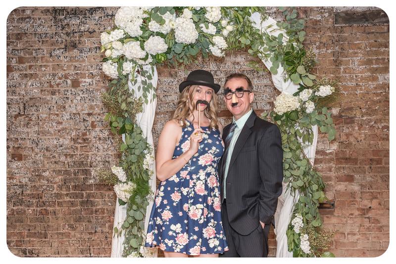Laren&Bob-Wedding-Photobooth-77.jpg