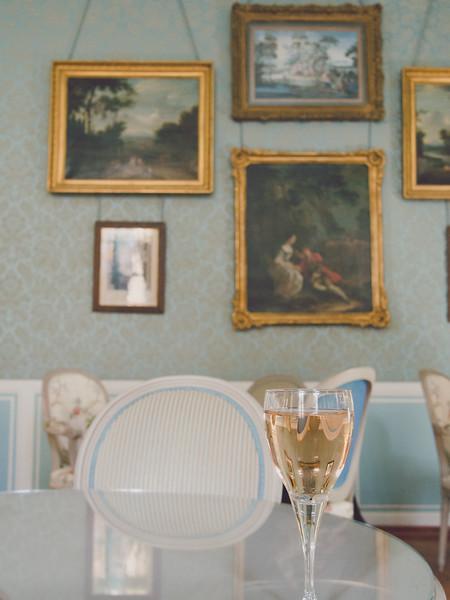 aix en provence gallery wine.jpg
