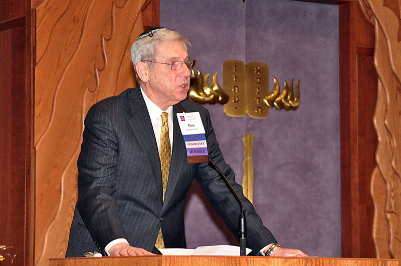 Congregation President Don Perkal gives opening remarks (photo by Sam Backman)