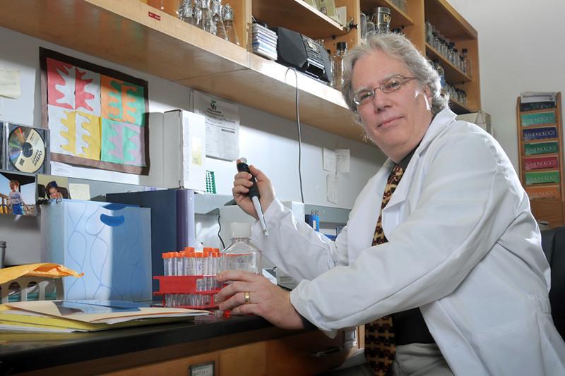 Terry_Connell_Mircobiology_Immunology_3789.jpg