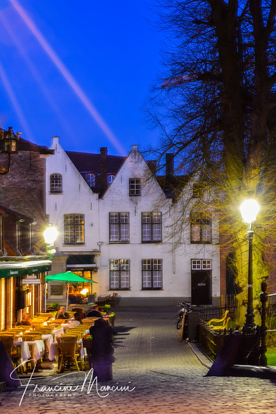 Bruges (853 of 1022).jpg