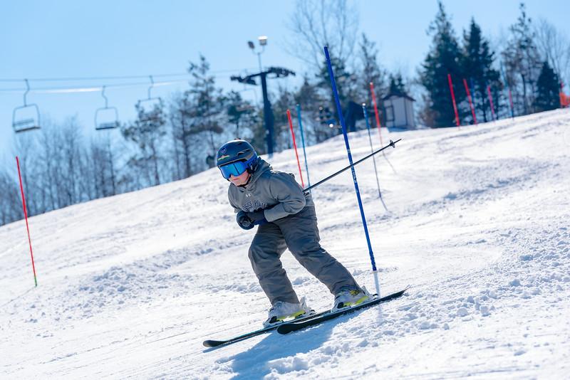 Standard-Race_2-3-18_Snow-Trails-73512.jpg
