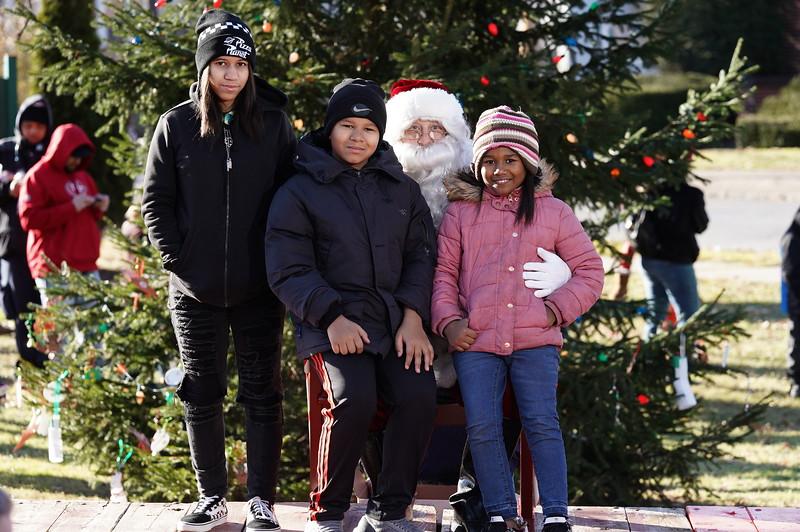 Santa In The Park 20190089.JPG