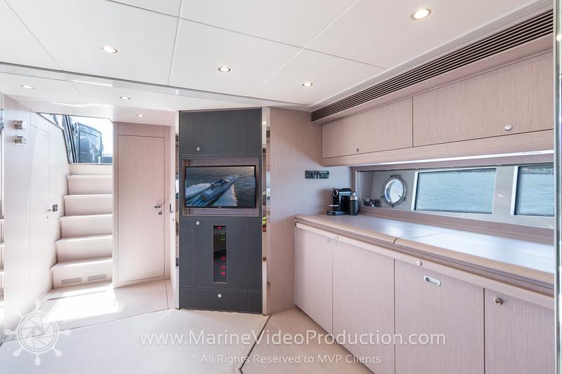 ISOLA Yacht_Interiors9.jpg