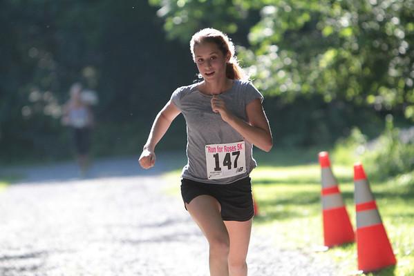 Run for Roses 5K 2013