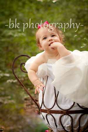 ava - 6 months