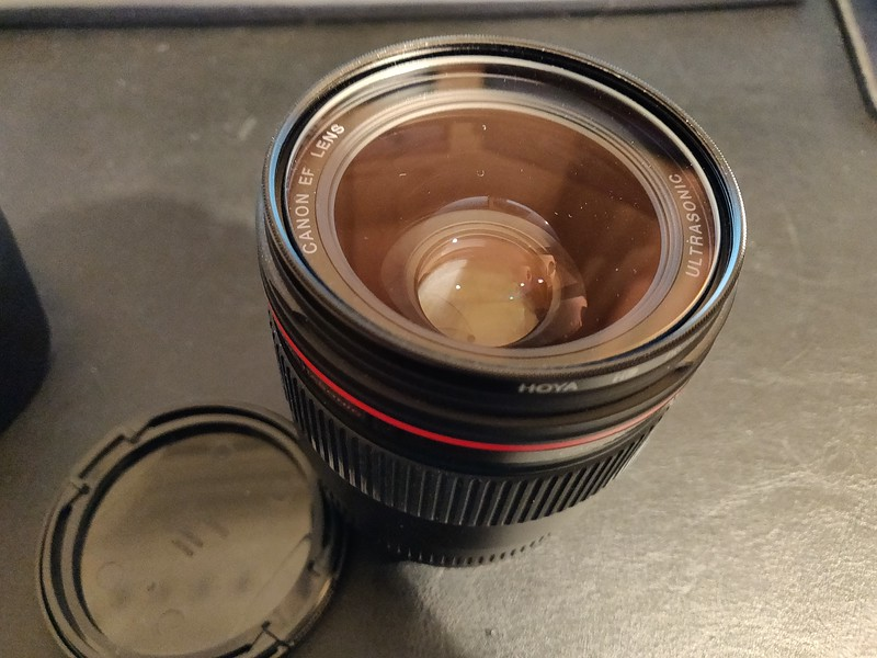 Canon EF 35mm 1.4 L USM - Serial UZ0109 005.jpg