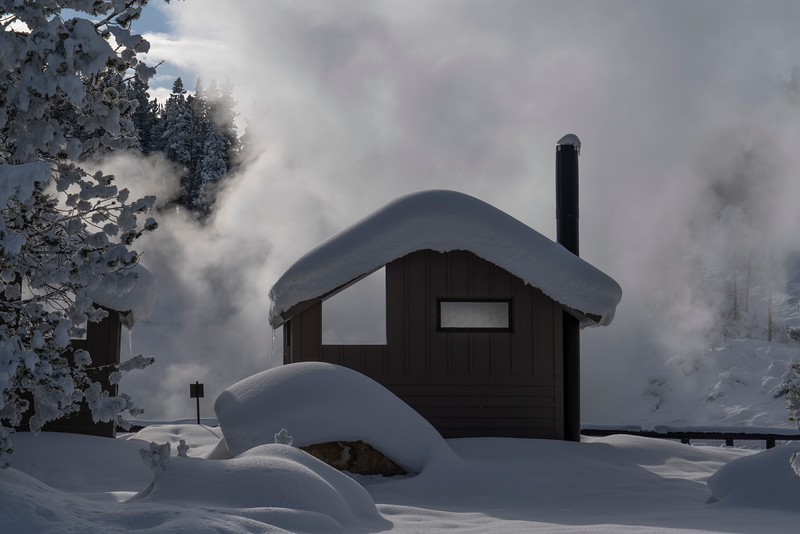 _AR71310 Frozen outhouse by thermal vent.jpg
