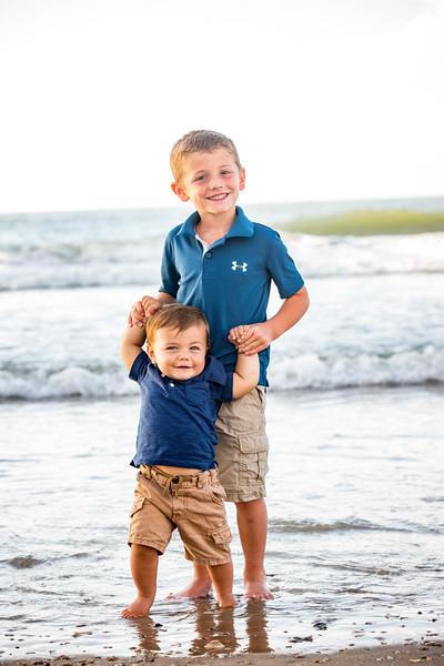 Family beach photos-141.jpg