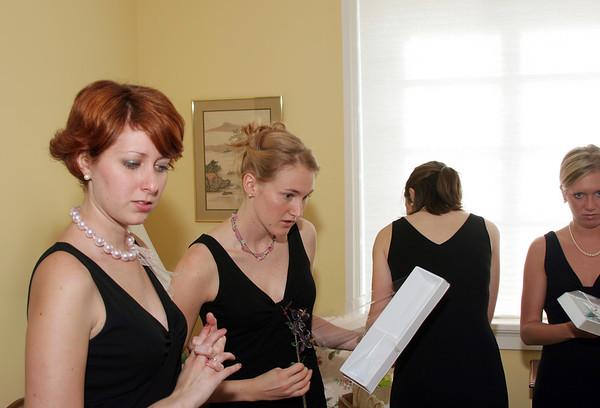 Pre-Wedding Bride + Bridesmaids_COLOR