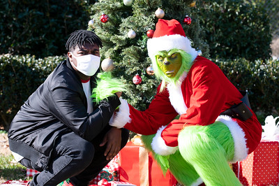 20201212 Honorable Youth Grinch Photos Ed