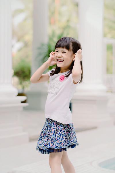 Lovely_Sisters_Family_Portrait_Singapore-4455.JPG