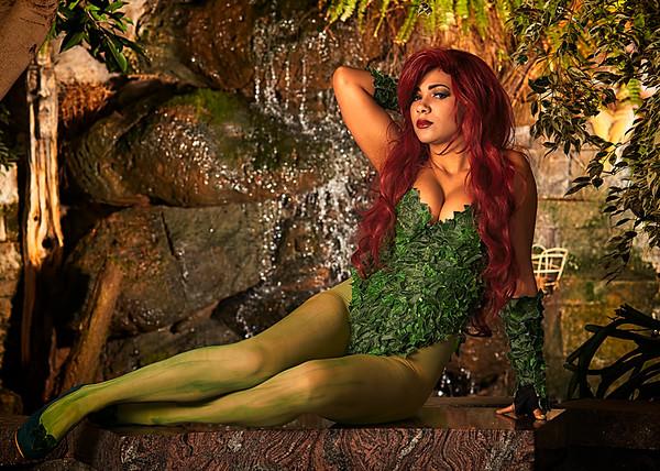 Bec's Cosplay Wonderland - Poison Ivy