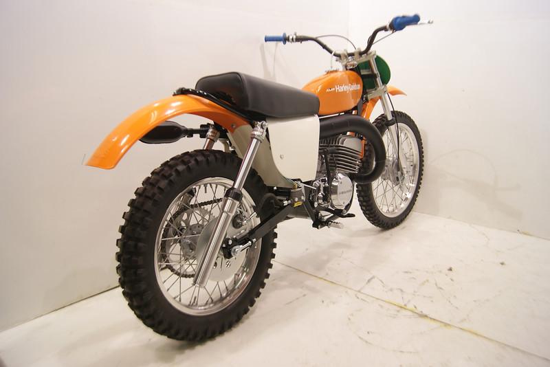 1975HarleyMX250 005.JPG