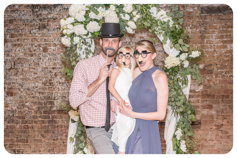 Laren&Bob-Wedding-Photobooth-88.jpg