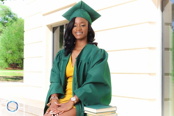 Taylor's Graduation Pictures
